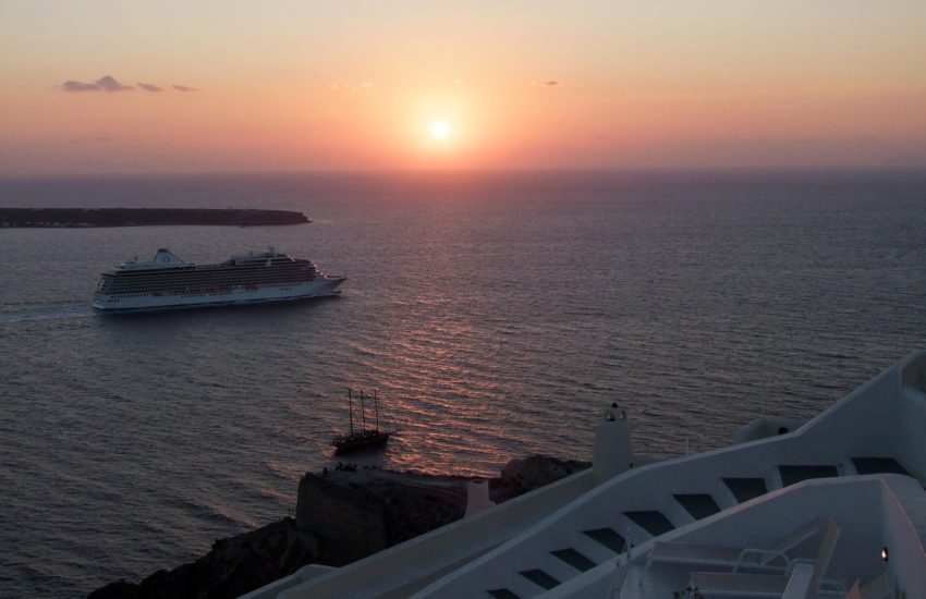 Cruise-freepixabayfotos-sunset-645315_1920