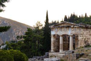 Greece-pixabayfreefoto-delphi-2975066_640