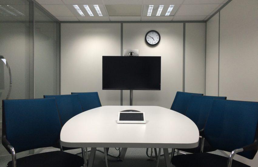 Conference-pixabayfreefoto-meeting-room-1806702_1920