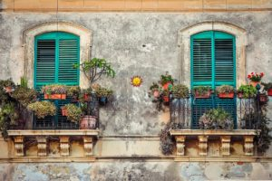 Cuba-freepixabayfoto-balcony-2526221_1920
