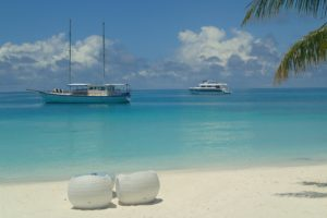 Maldives-freepixabayfoto-sand-beach-2405797_1920
