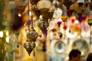 Istanbul-GrandBazaar-freepixabayfoto-lamp-2381617_1920