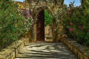 Kypros-freepixabayfotobig-monastery-3397233_1920