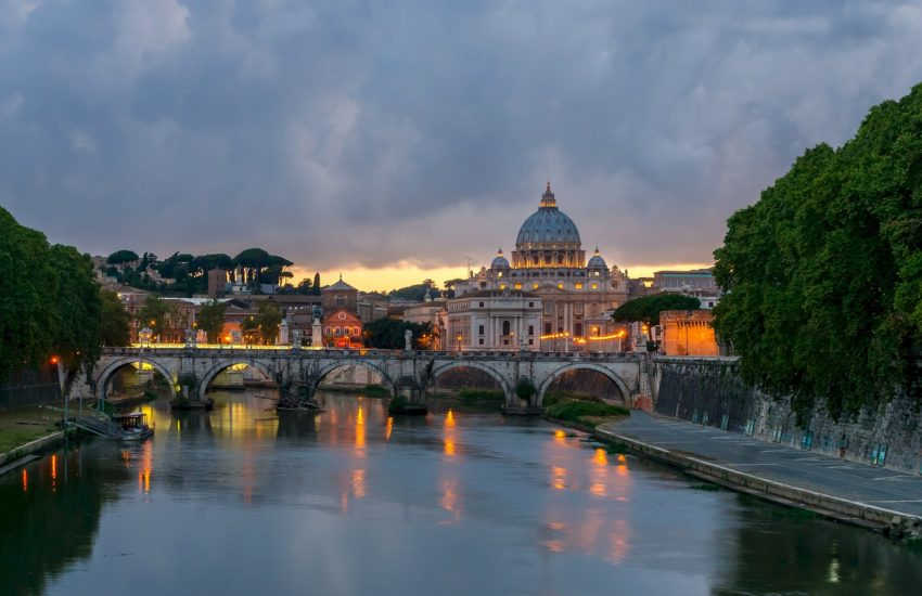 Rome-SaintPetersBasilica-freepixabayfoto-bridge-534334_1920 (1)
