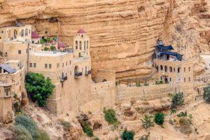 Israel-MoniAgiouGeorgiouXozeva-freepixabayfoto-hills-3478095_640