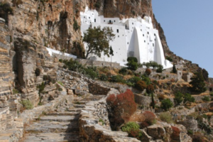 Amorgos-Panagia-Xozoviotissa-personalfoto