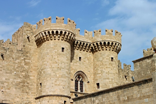 Rhodes-Grand-Masters-Palace-freepixabayfoto-2865221_1920 (2)