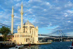 Konstantinoupoli-freepixabayfoto-ortakoy-mosque-820108_1920