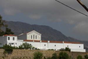 Xios-Moni-Panagias-Voithias-personalfoto