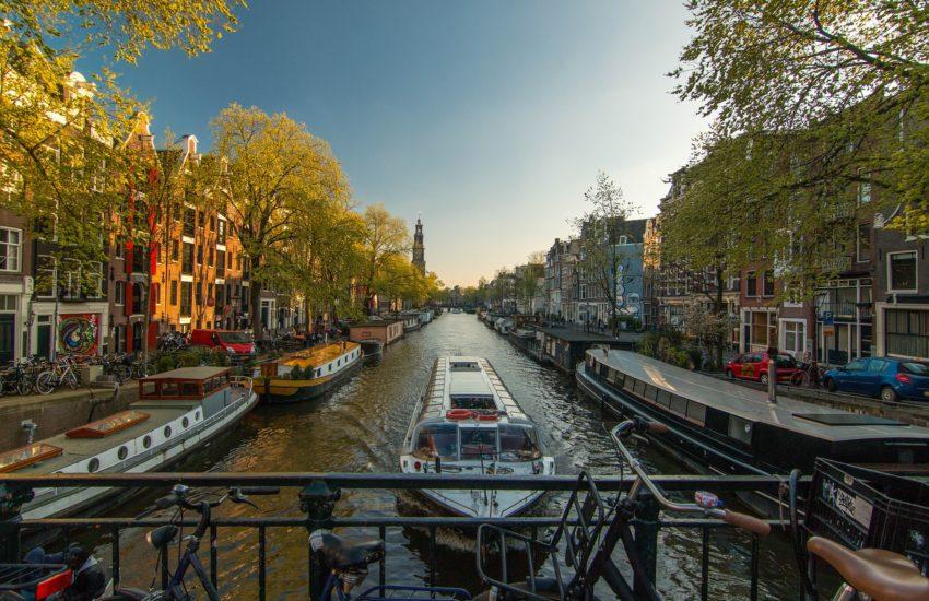 amsterdam-freepixabayfoto-amsterdam-1089646_1920