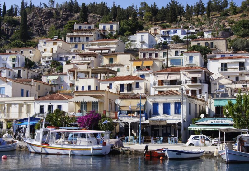 Poros-freepixabayfoto-greece-2521660_1920