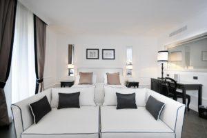 Napoli-Hotel-Grand-Oriente-136360503