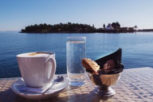 Gythio-freepixabayfoto-coffee-with-a-view-2003132_1920