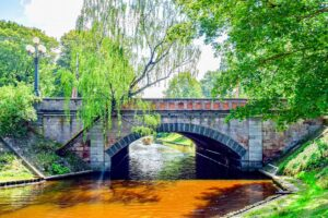 Riga-Latvia-freepixabayfoto-bridge-4986597_1920