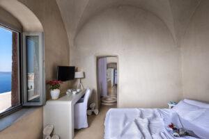 Hotel-Mythical-Blue-Santorini-5