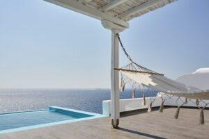 Pool-suite-Kouros-Hotel-2_resize-1024x682