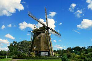 Amsterdam-freepixabayfoto-windmill-1546912_1920